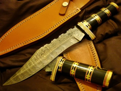 Damascus Bowie Beautiful Knife full
